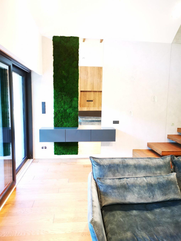 Zielona ściana z mchu by Atelier mchu